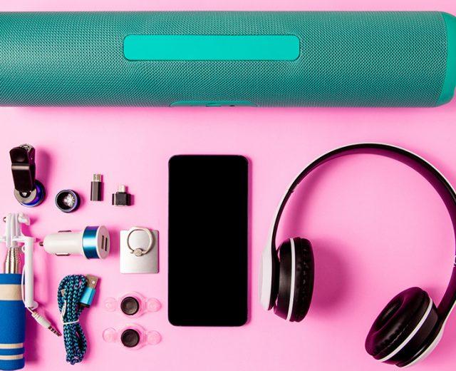 Acessórios para celular que facilitam a vida no home office