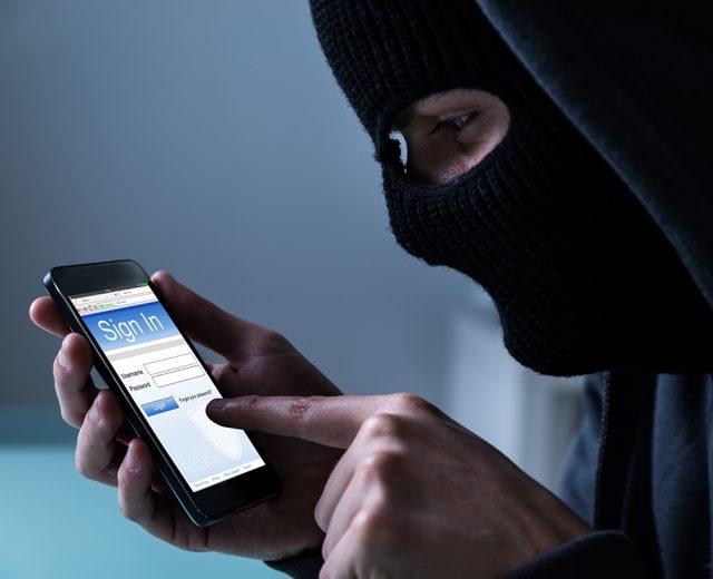 Verifique se há atividades suspeitas no seu telefone